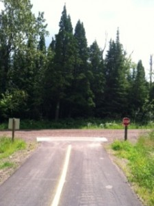 Picture of T in the road that connects the paved road to the gravel road