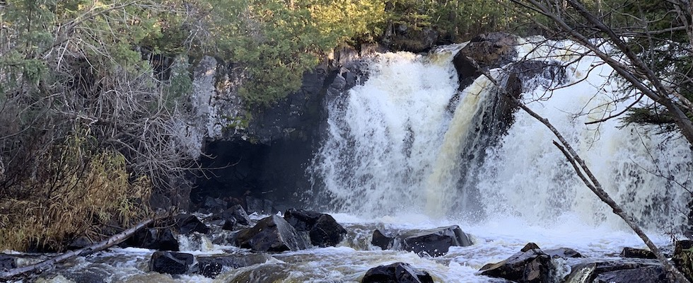Picture of a Cook County waterfall in autumn